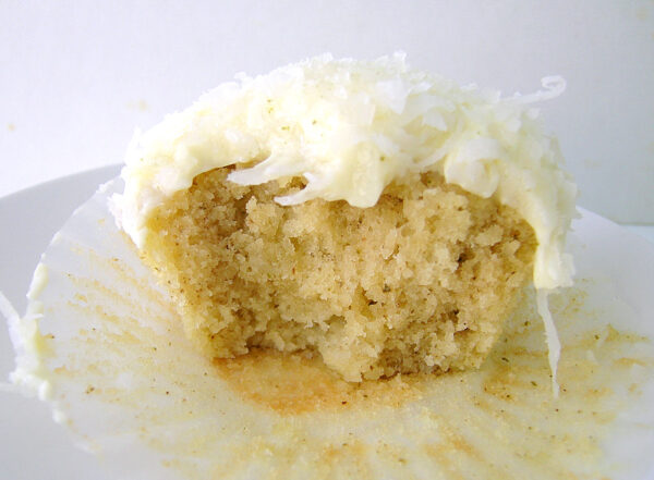 Lemon Myrtle Cake With No Nuts